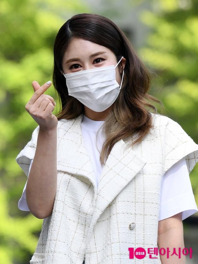[TEN 포토] 김소유 '하트 뿌려요'