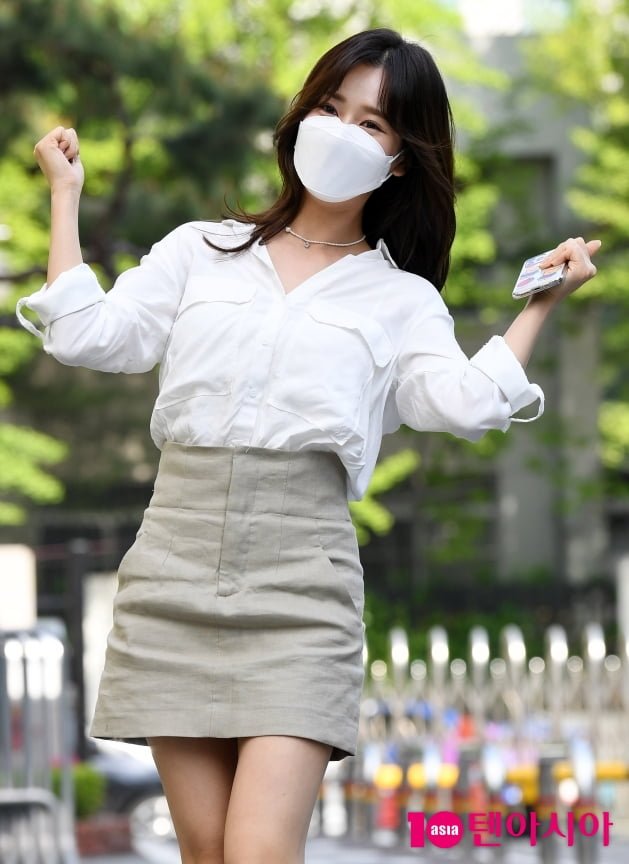 [TEN 포토] 강예슬 '봄빛 파이팅!'