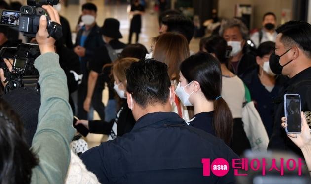 [TEN 포토] 트와이스 '제주도 뮤직비디오 촬영 마치고'