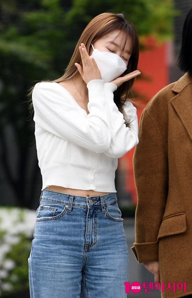[TEN 포토] 우주소녀 수빈 '꽃미모 활짝'