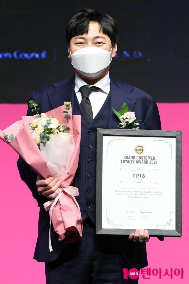 [TEN 포토] 이진호 '브랜드대상 개그맨 부분 수상'