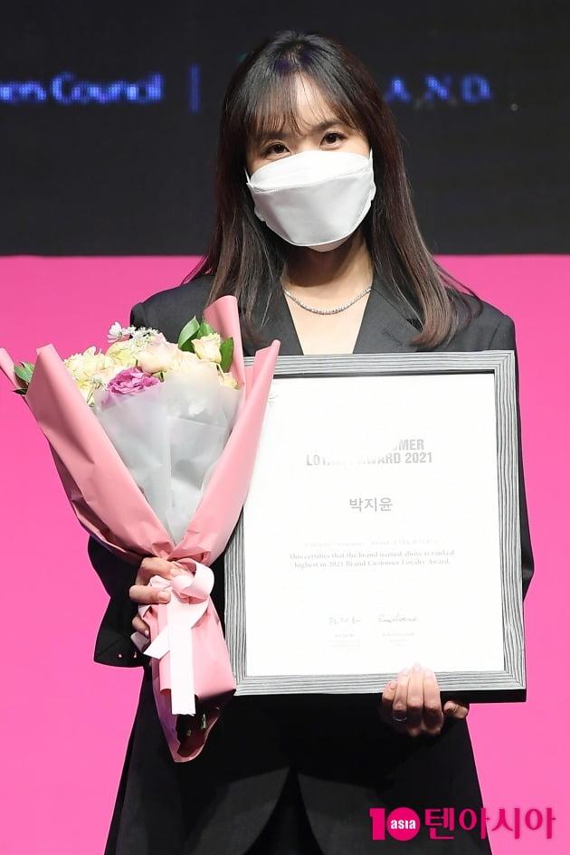[TEN 포토] 박지윤 '브랜드대상 아나테이너상 수상'