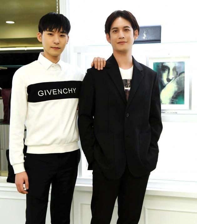 배우 겸 화가 박기웅(오른쪽), 나수민 럭셔리판다 대표/ 사진=조준원 텐아시아 기자 wizard333@