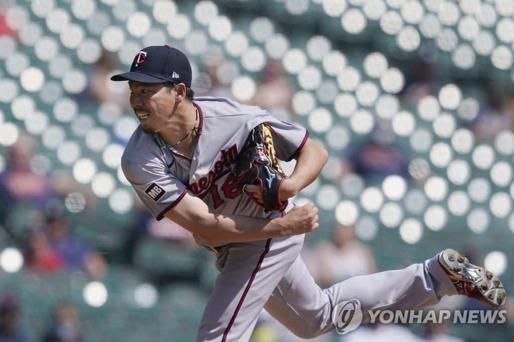 'MLB 150경기째 등판' 마에다, 6이닝 2실점 호투로 시즌 첫 승