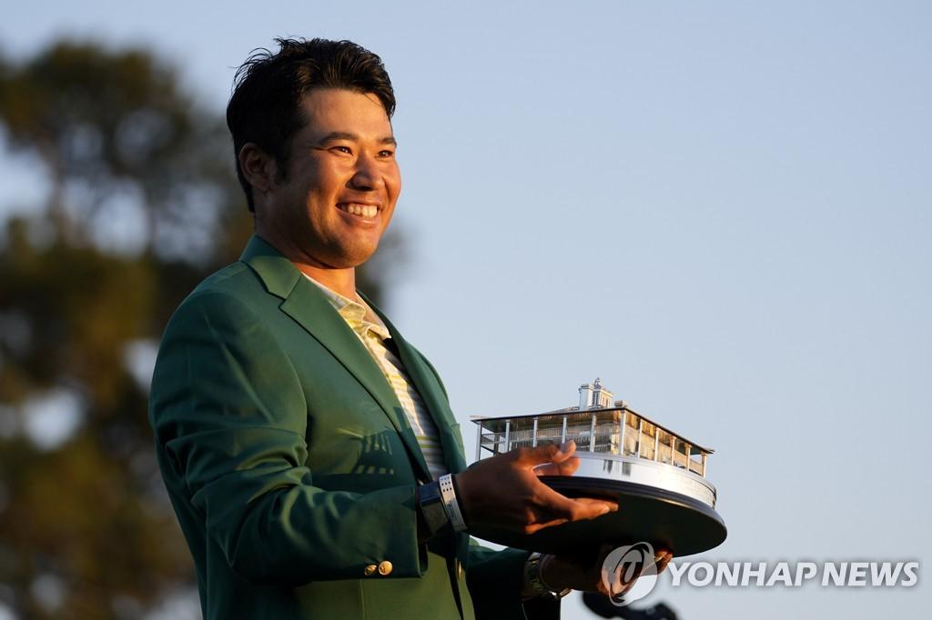 마쓰야마, 마스터스 우승…아시아 선수 최초 '그린재킷'(종합)
