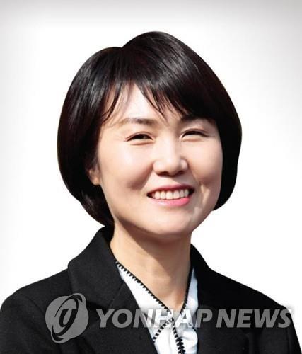 """'성희롱 피해' 광주시립극단원 고용 불안…""""광주시가 책임져야"""""""