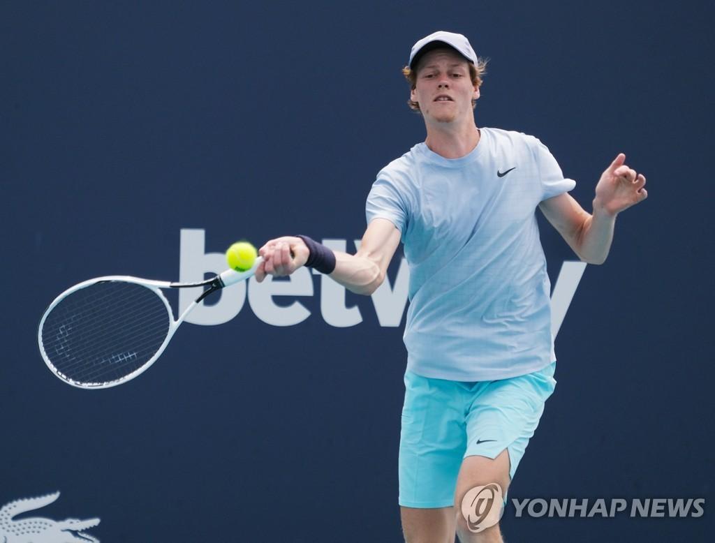 만 19세 시너, 마이애미오픈 테니스 결승 진출