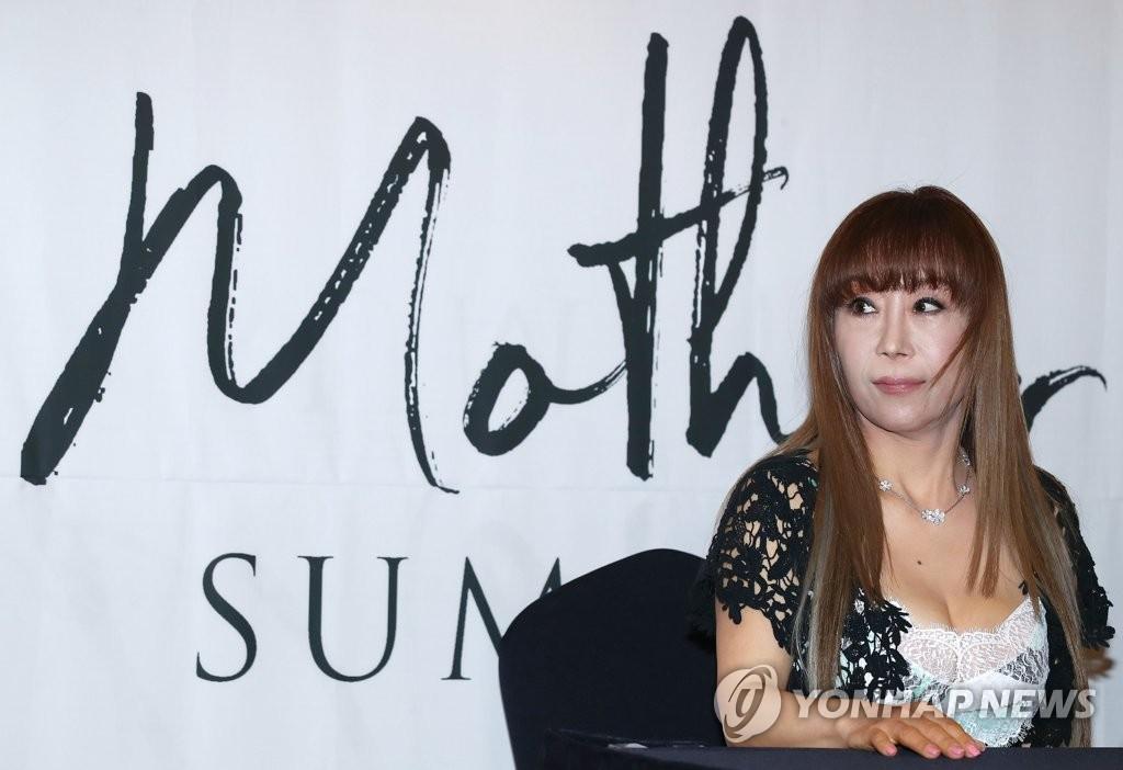 조수미, 치매 어머니 위한 사모곡…내달 리사이틀 '나의 어머니'