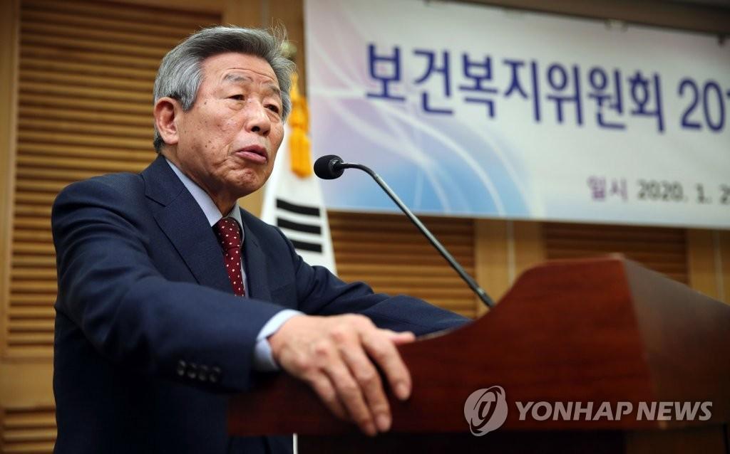 """유인태 """"與 참패, 독주의 죗값…중도 밥맛 떨어지게 해"""""""