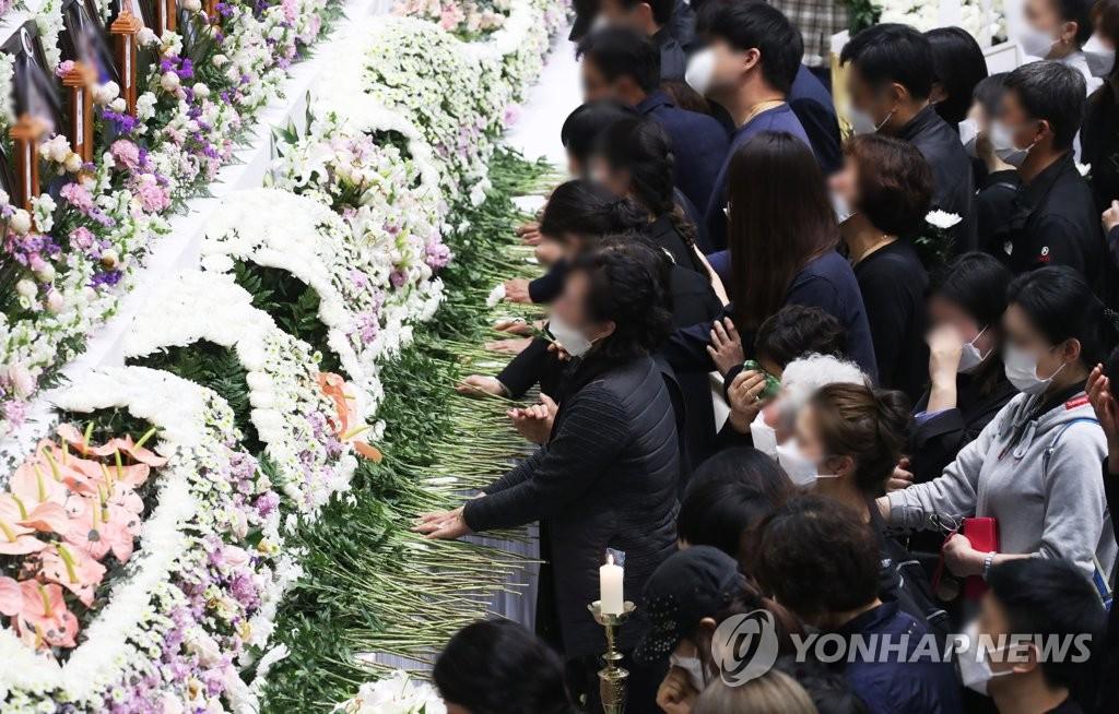 38명 목숨으로 촉발된 '중대재해처벌법'…이천 참사 재발 막을까