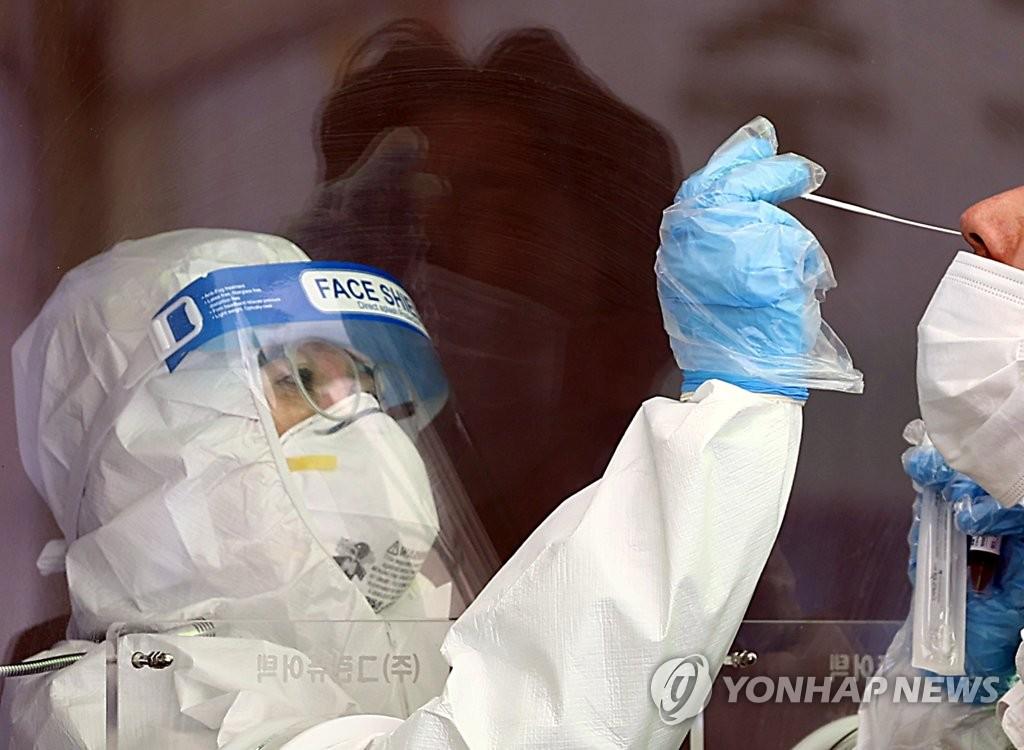인천 어린이집서 코로나19 집단감염…교사 6명·원생 12명 확진
