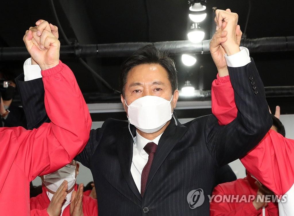 서울·부산시장 선거, 野 오세훈·박형준 압승 예측(종합)