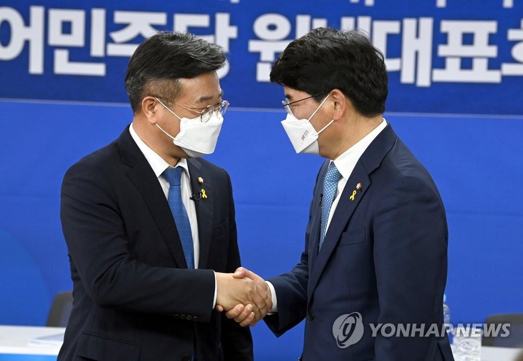與 원내대표 경선 D-1…윤호중·박완주, 협치이슈 '대립각'