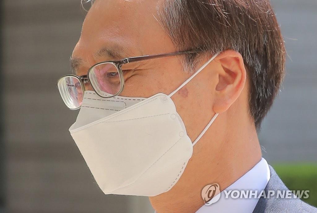 '몸싸움 압수수색' 정진웅 재판에 한동훈 증인 출석키로