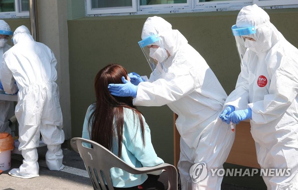 충북 9명 확진…옥천 공무원·청주 유아학원생 감염 확산