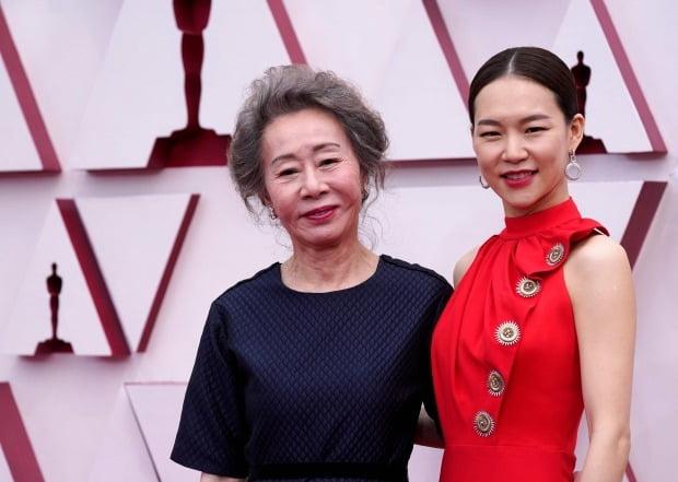 영화 '미나리' 주역 윤여정, 한예리 /사진=AFP