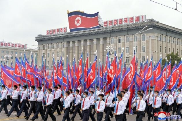 조선중앙통신이 지난 2일 보도한 지난달 30일 김일성경기장에서 진행된 '청년전위들의 결의대회' 모습./ 연합뉴스