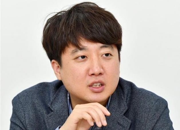 """'박근혜 키즈'에서 '30대 당대표' 노리는 이준석 """"2030 잡으면 대선 승리"""""""