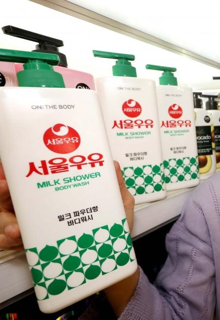 14일 업계에 따르면 홈플러스는 지난 12일 LG생활건강, 서울우유와 협업해 '서울우유 바디워시'를 출시했다. [사진=홈플러스 제공]
