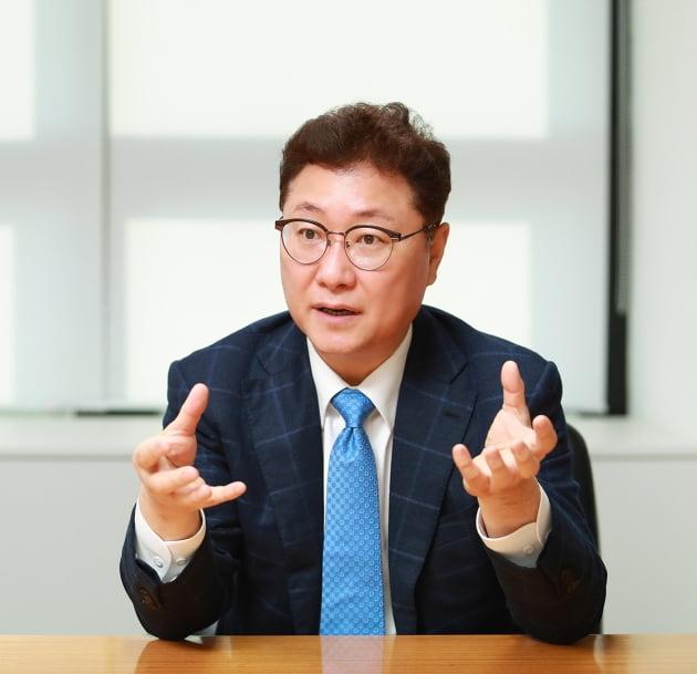 김영준 매그나칩반도체 부회장(CEO). 한경DB