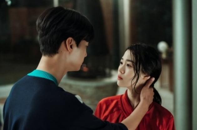 드라마 '마인' 배우 중 2명은 영화 '기생충'에도 출연했다?