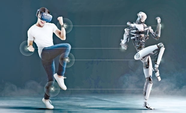 HTC '바이브 트래커 3.0' 손목과 발에 장착한 트래커를 통해 사용자의 움직임이 가상현실(VR) 내 아바타에 반영된다. HTC 제공