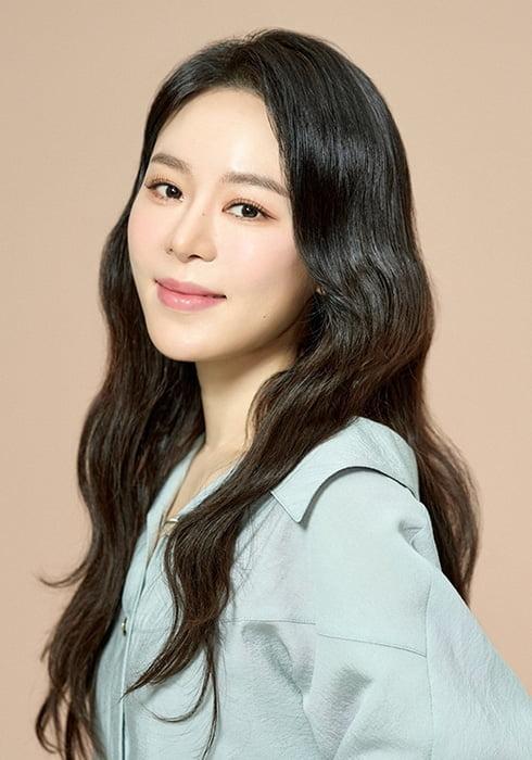 리사, 뮤지컬 `광화문연가` 캐릭터컷 공개