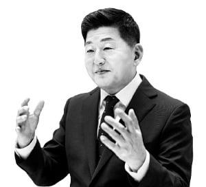 """'AI 전도사' 조재희 이사장 """"폴리텍大, 하이테크 인력 年 1만명 양성"""""""