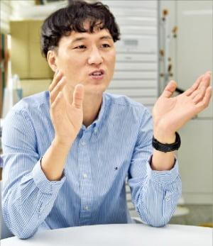 """이성남 김천 어모中 교사 """"나도 보육원 출신…원아들 사회가 함께 키워야"""""""