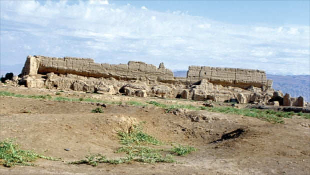 중국 신장성 투르판에 있는 고창고성. 고구려와 당나라가 전쟁을 벌일 때 연관이 있었고, 후에 고선지가 안서도호부로 근무했던 곳이다.