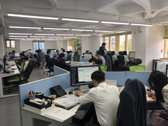"""[톡톡 지방자치] """"지정석 없앴어요""""…청주시의 사무공간 혁신"""