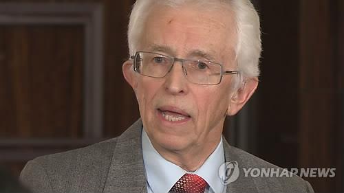 """헤커 """"북 핵무기 45개 보유 추정…핵분열물질 생산 추정량 감안"""""""