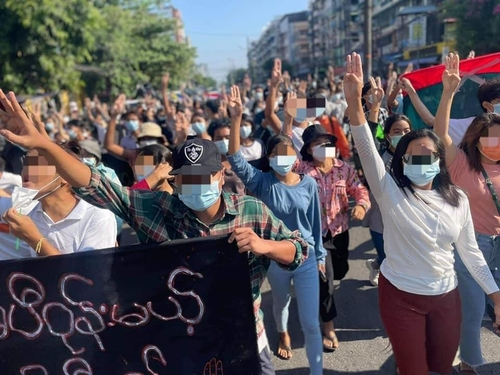 미얀마 거리시위대 최소 6명 사망…아세안 합의 이후 최다(종합)