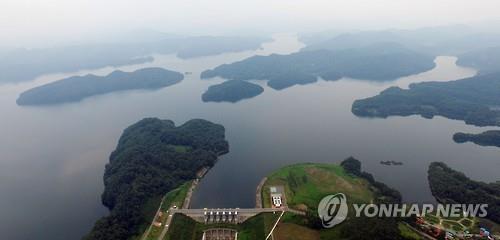 용담댐 물 더 쓰겠다는 충청, 못 주겠다는 전북…물 분쟁 조짐
