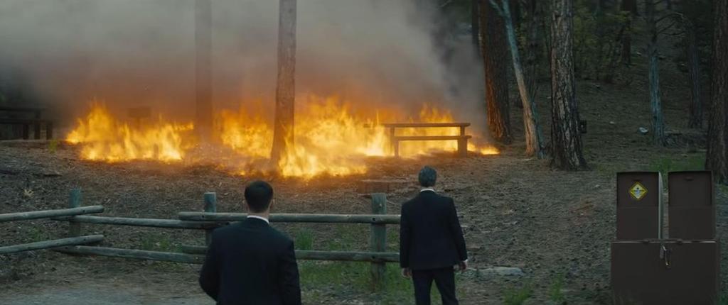 불길 속 생존을 위한 사투…영화 '내가 죽기를 바라는 사람들'