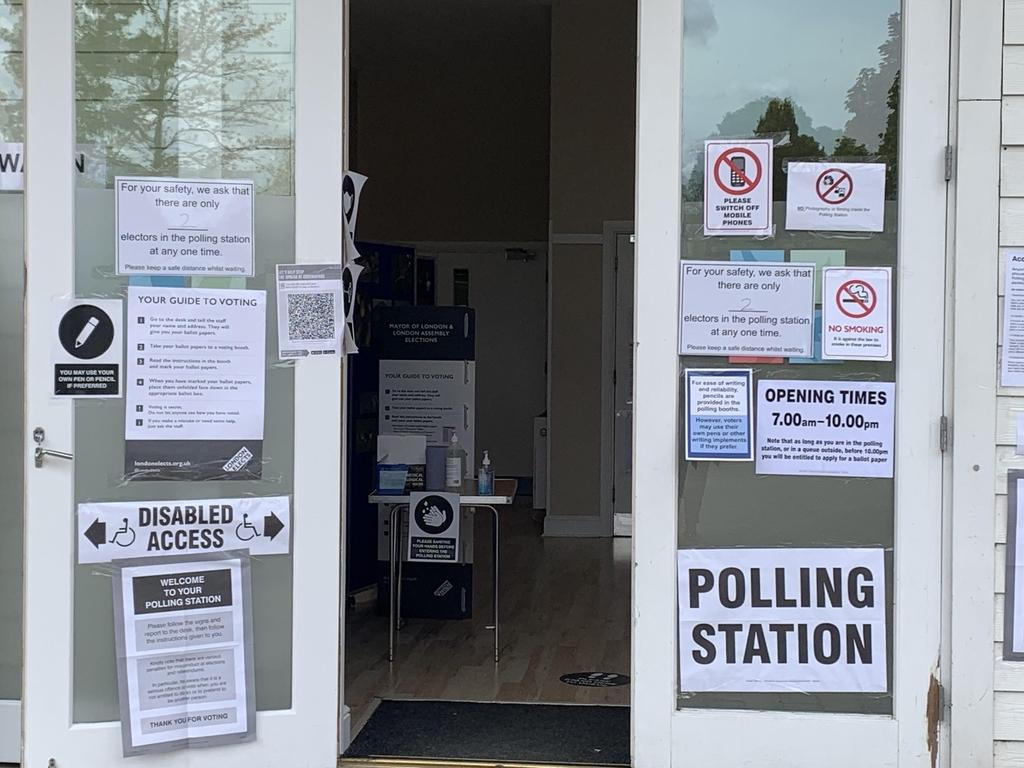 영국 런던시장 등 선출 지방선거…백신효과에 보수당 앞서