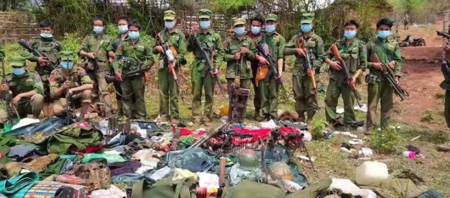 '무장 반군에 지고 탈영병은 늘고'…궁지에 몰리는 미얀마군