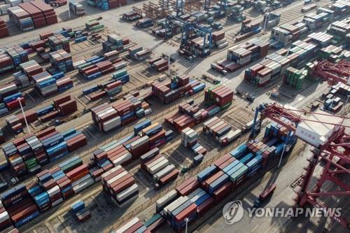 중국 4월 수출 32.3% 증가…'코로나 특수' 지속
