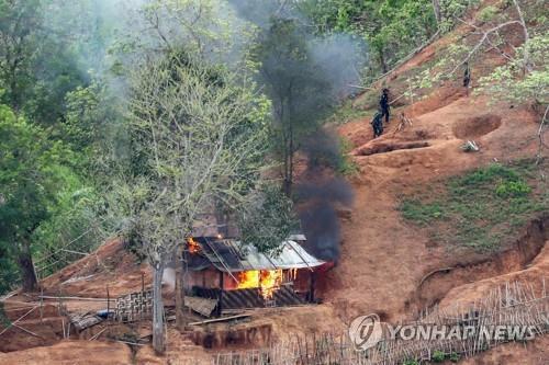 """미얀마 카렌반군 의장 """"협상으로 풀어야""""…연방군 제동걸리나"""