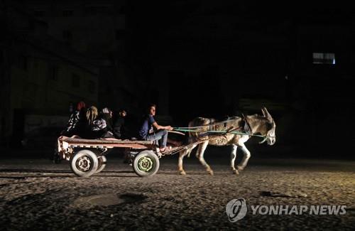 """""""무거운 대가""""vs""""가혹한 교훈""""…충돌 닷새째 이-팔 전면전 태세"""