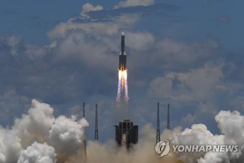 중국, 달 뒷면 이어 화성 착륙…'톈원 1호' 프로젝트 일지