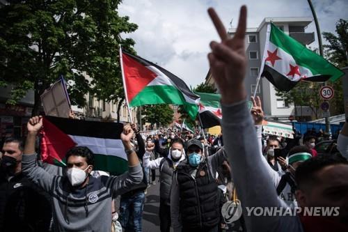 유대인 공격 표적되나…영국 길거리서 랍비 피습