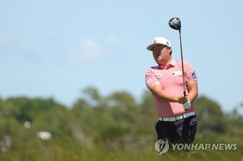 임성재, PGA챔피언십 1라운드 선두와 3타차 공동 8위