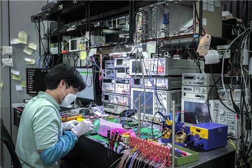 수소차 기술·경비영상 데이터까지…SKT 양자암호로 지킨다