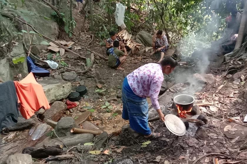 미얀마 소수민족 '수난'…잇단 공습에 카렌족 7만명 피란
