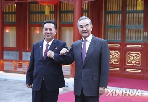 한미 공조 견제? 북한과 '끈끈한 관계' 과시한 중국(종합)
