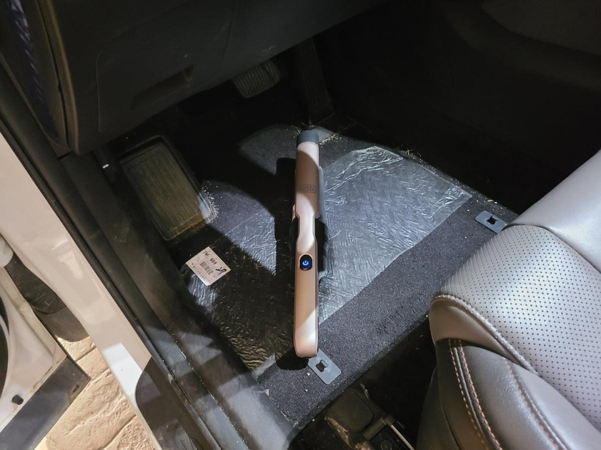 블랙앤데커 슬림 핸디청소기는 부피가 작아 효율적인 공간 활용이 가능하다