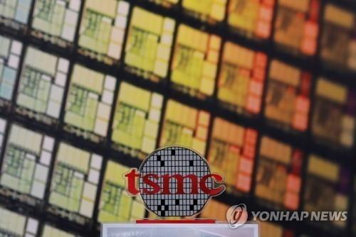 삼성전자보다 매출 낮은 TSMC, 시총 2배 가까이 `껑충`