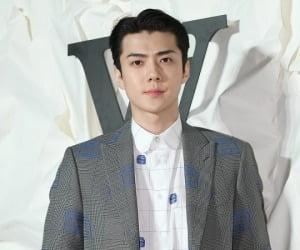 """엑소 세훈, 사생팬 피해 호소 """"하루에 전화 100통↑"""""""