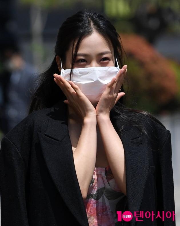 [TEN 포토] 고민시 '방송국에 이쁜 꽃이 피었습니다'